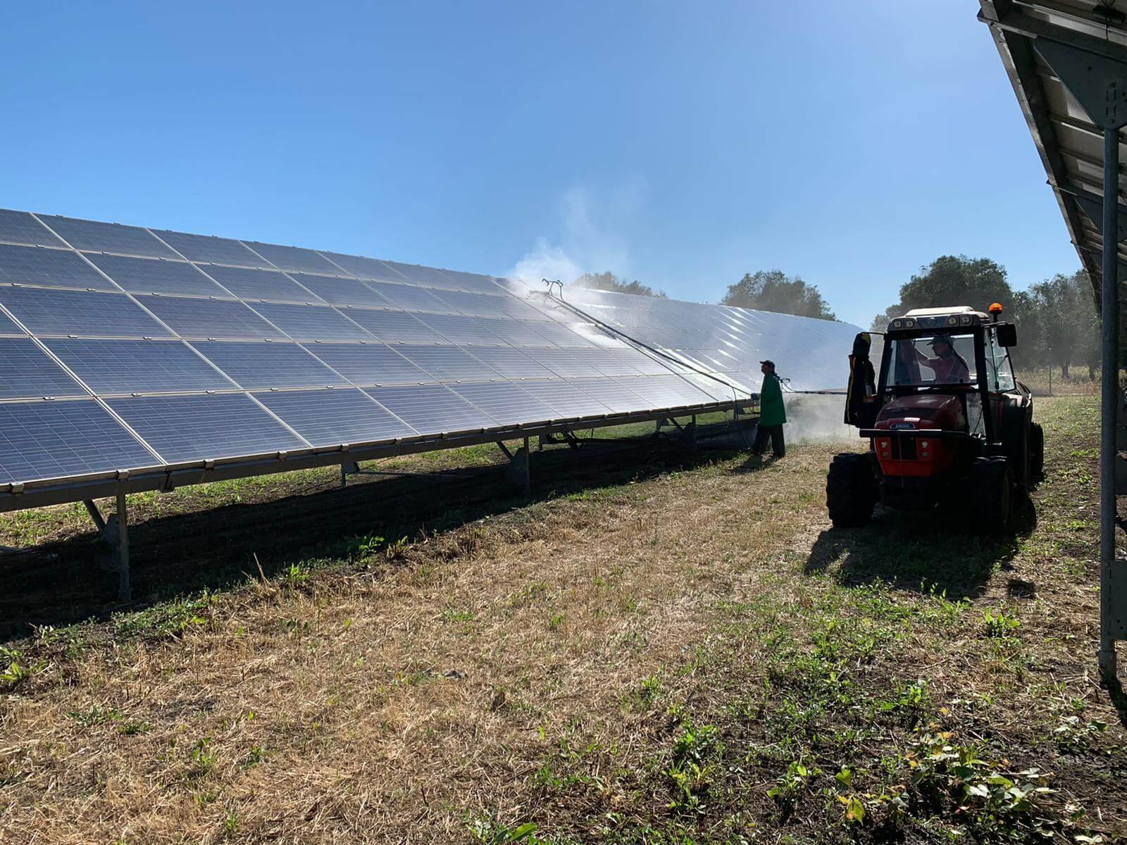 Pulizia pannelli solari 10