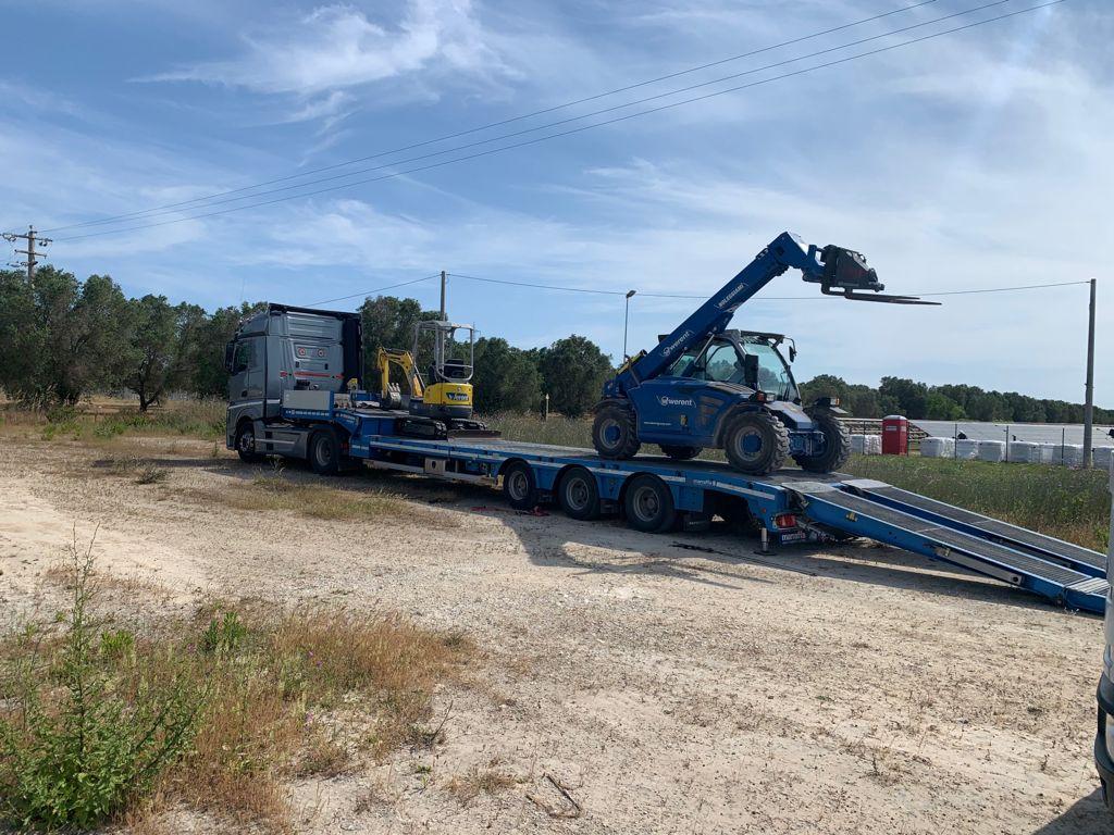 escavatore impianti fotovoltaici 5