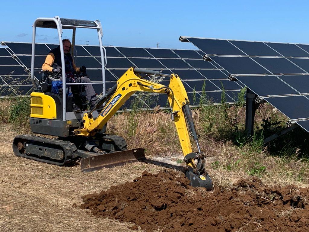 escavatore impianti fotovoltaici 6